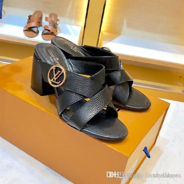 Роскошные женщины моды обувь с высоким качеством сандалии Подлинная кожа отдыха шлепки Покрытием летние классические каблуки тапочки для женщин