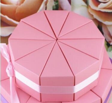 50pcs / Lot fiesta de cumpleaños de la torta de boda del estilo de la caja del caramelo del triángulo Baby Shower favores Triángulo chocolate regalo del partido de las cajas