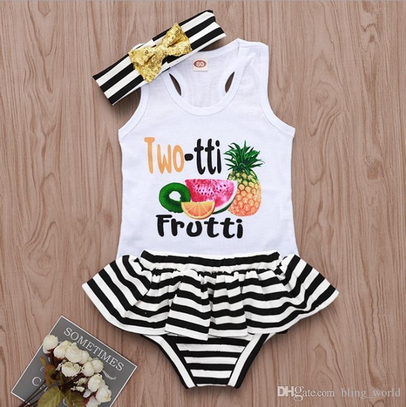 طفلة ملابس طفل الفتيات إلكتروني سترة منزعج السراويل مخطط العصابة 3 قطع مجموعات الفاكهة الرضع فتاة الزي الصيف ملابس الطفل YW3992