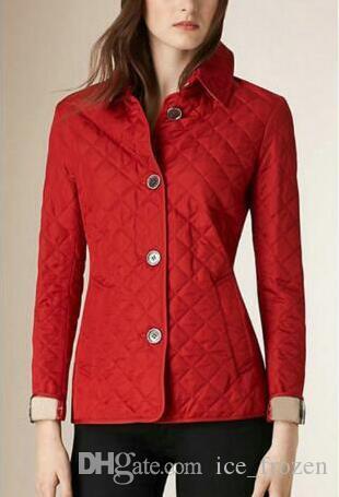 Primavera Autunno Womens Classic Solid Cappotto monopetto in cotone imbottito giacca corta Maglia a manica lunga Inghilterra Londra Slim Giacche Blazer rosso