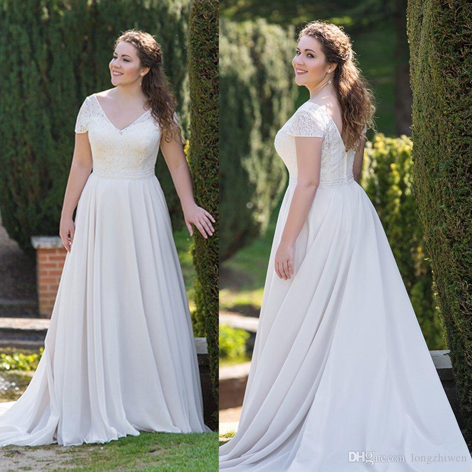 Simple Bohème Robes de mariée plafonnés à manches courtes en dentelle taille des robes de mariée balayage train robe de bal