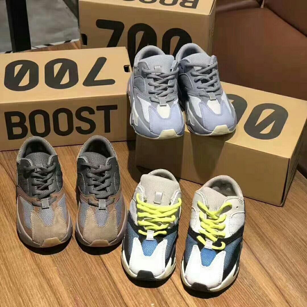 Yüksek Kalite 700 Dalga Runner Leylak Kanye West Dalga Statik Ayakkabı Boy Gri Kahverengi Spor Tasarımcı Atletizm Sneaker
