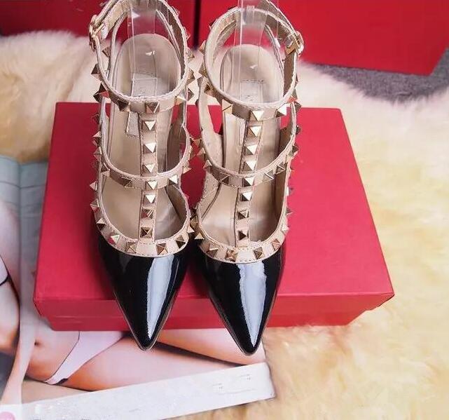 2020 femmes rivets mode parti Hauts talons filles sexy chaussures pointues chaussures de danse chaussures de mariage Sandales de double
