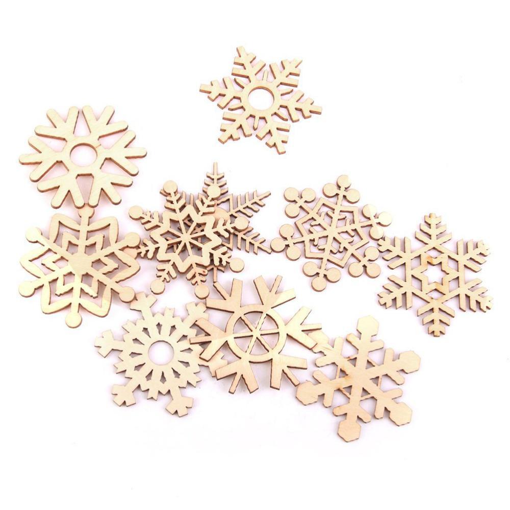 10pcs Assortiment de flocon de neige en bois découpé au laser Embellissement d'arbre de Noël Ornement de flocons de neige