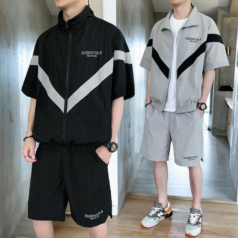 Survêtements 2020 Été Mode pour hommes nouveaux hommes Tide mince lambrissé deux hommes COMBI Active Casual lâche Survêtement 2 couleurs Taille M-3XL