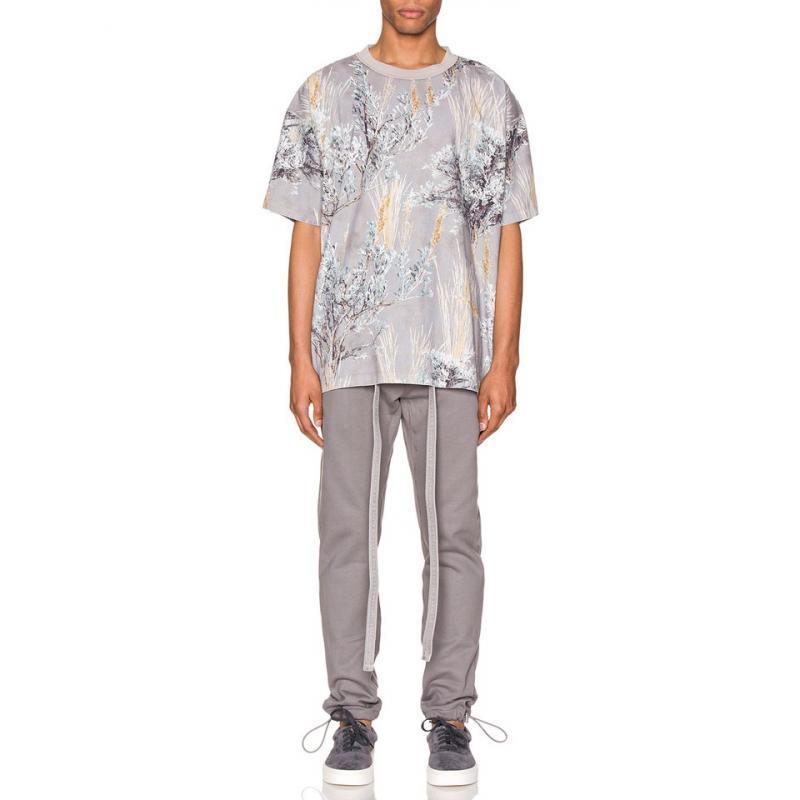 Skate Rua 2020FW Flor Steppe Alma Camouflage Tee Impresso mangas curtas homens casal mulheres Casual T-shirt do pescoço de grupo Moda