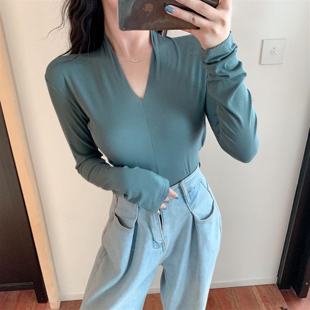 İnce uzun kollu elastik seksi tişört taban gömlek kadın üst yönlü ince Nana moda kadın mağaza giyim T- giyim V yaka