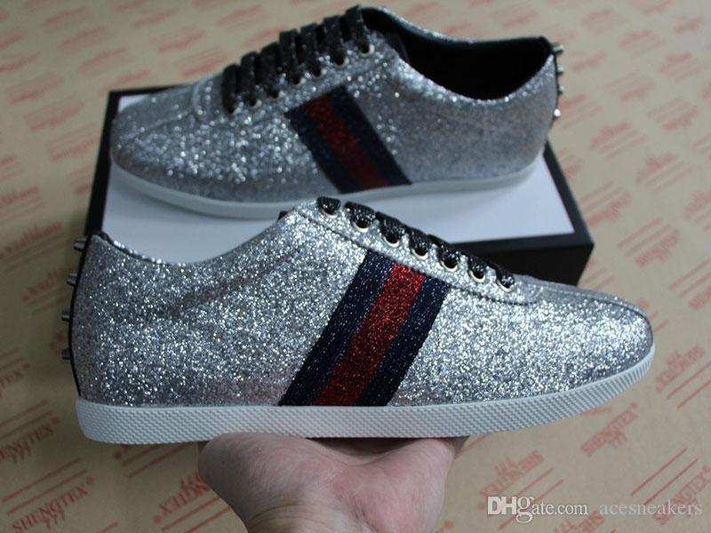 لمعان حذاء مصمم جديد رجل الفاخرة حذاء رياضة ويب مع الأزرار شريط أفضل نوعية في المجال الاقتصادي الشهير مطرزة للأحذية النساء الفضة