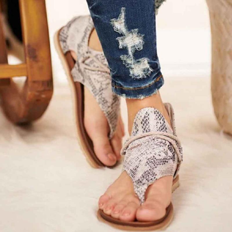 Fermuar Kapatma strappy Yaz Plaj Casual Kadınlar Sandalet Yapay PU Kaymaz Moda Seksi Rahat Düz Topuk Çiçek Baskı