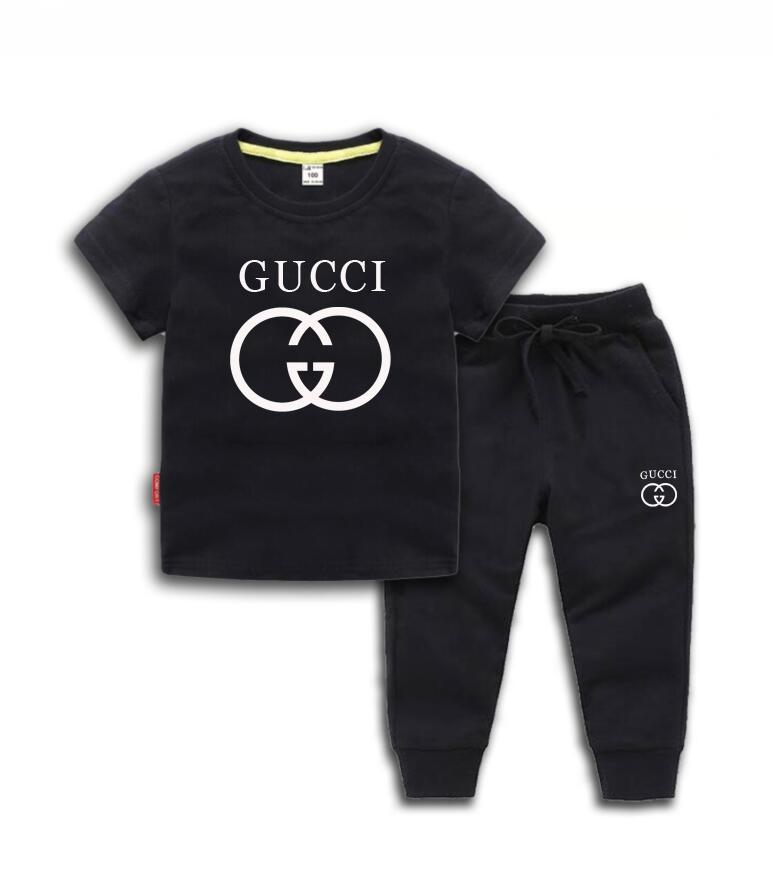 VENDA QUENTE de Moda de Nova Vestuário Logo Luxury Designer Boy T-shirt calças Set Crianças Marca Crianças 2 Piece Algodão Crianças Set 2-7 Anos