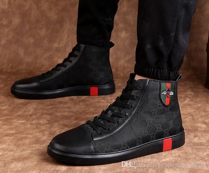 I più nuovi Fashiondesigner Uomini High Top in vera pelle ricamo ape Scarpe di lusso piatto Walking Shoe Dress Party Wedding Shoes taglia 38-46