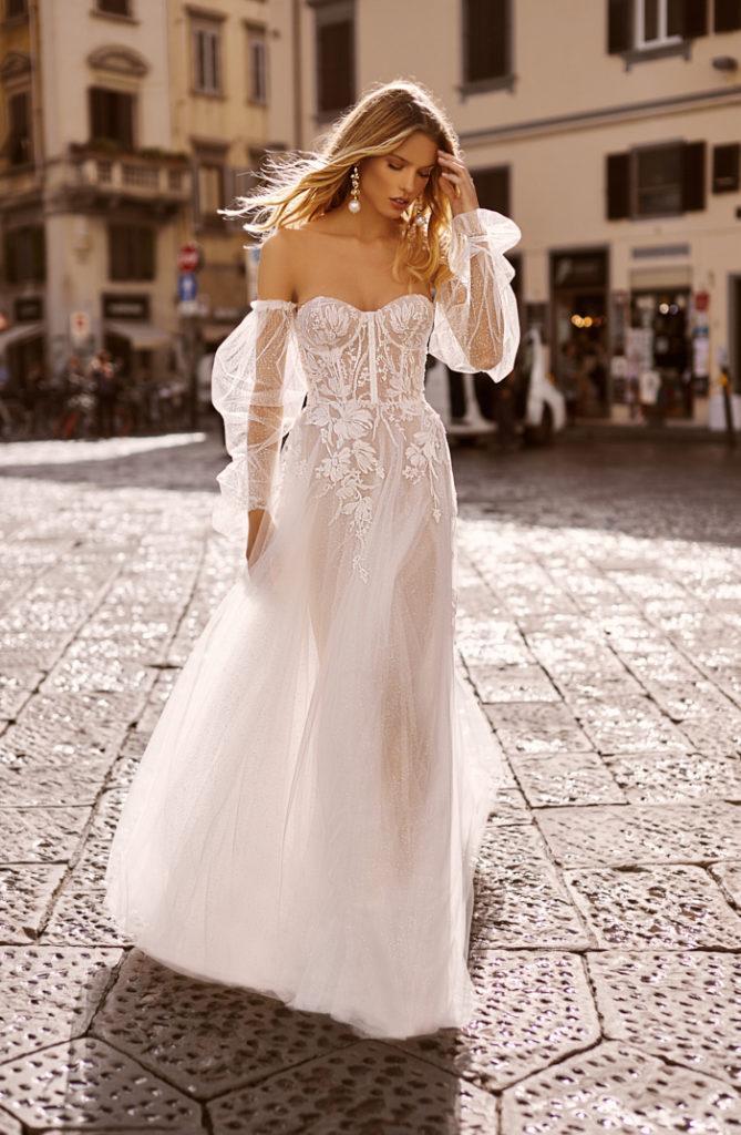 Berta A Line Wedding Dresses Long Sleeves Strapless Appliqued Tulle Sweep Train Bohemian Wedding Dress Custom Made Vestidos De Novia
