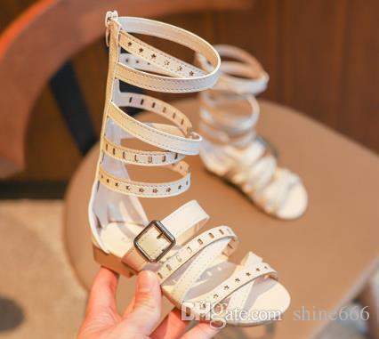 2019 Nueva Chica de Verano Sandalias Romanas Sandalias de Tejido Hueco Princesa Zapatos Remache Gladiador Bebé Botas Moda Niñas Zapatos de tubo alto