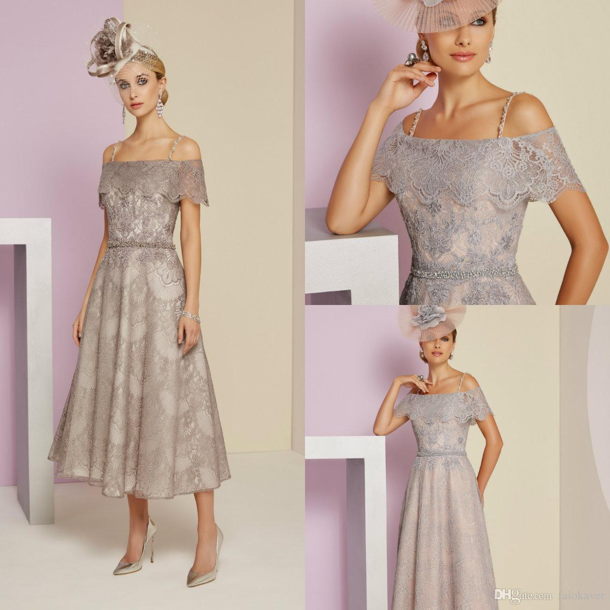 2019 Chic Madre de los vestidos de novia Spaghetti Off Shoulder Sin mangas Longitud de té Vestido de fiesta elegante Boda formal Vestidos de invitados baratos