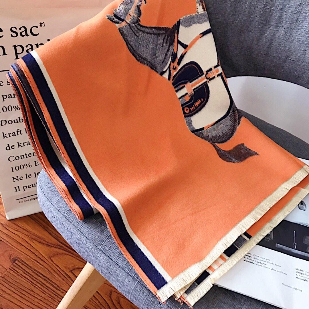 progettista all'ingrosso sciarpa di cachemire di alta qualità autunno / inverno sciarpa alla moda signora multifunzionale sciarpa shipping1 libero