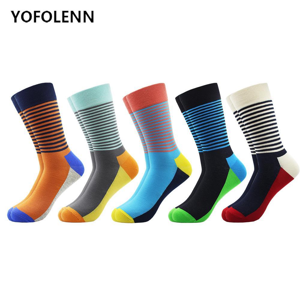 5 çift / grup erkek Renkli Penye Pamuk Nedensel Elbise Ekip Çorap Sonbahar Bahar Komik Mutlu Çizgili Çorap Yenilik Düğün Hediyesi