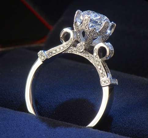 mulheres elegantes fora gelado anel de moda jóias de anéis de casamento do presente do partido de qualidade superior New Fashion