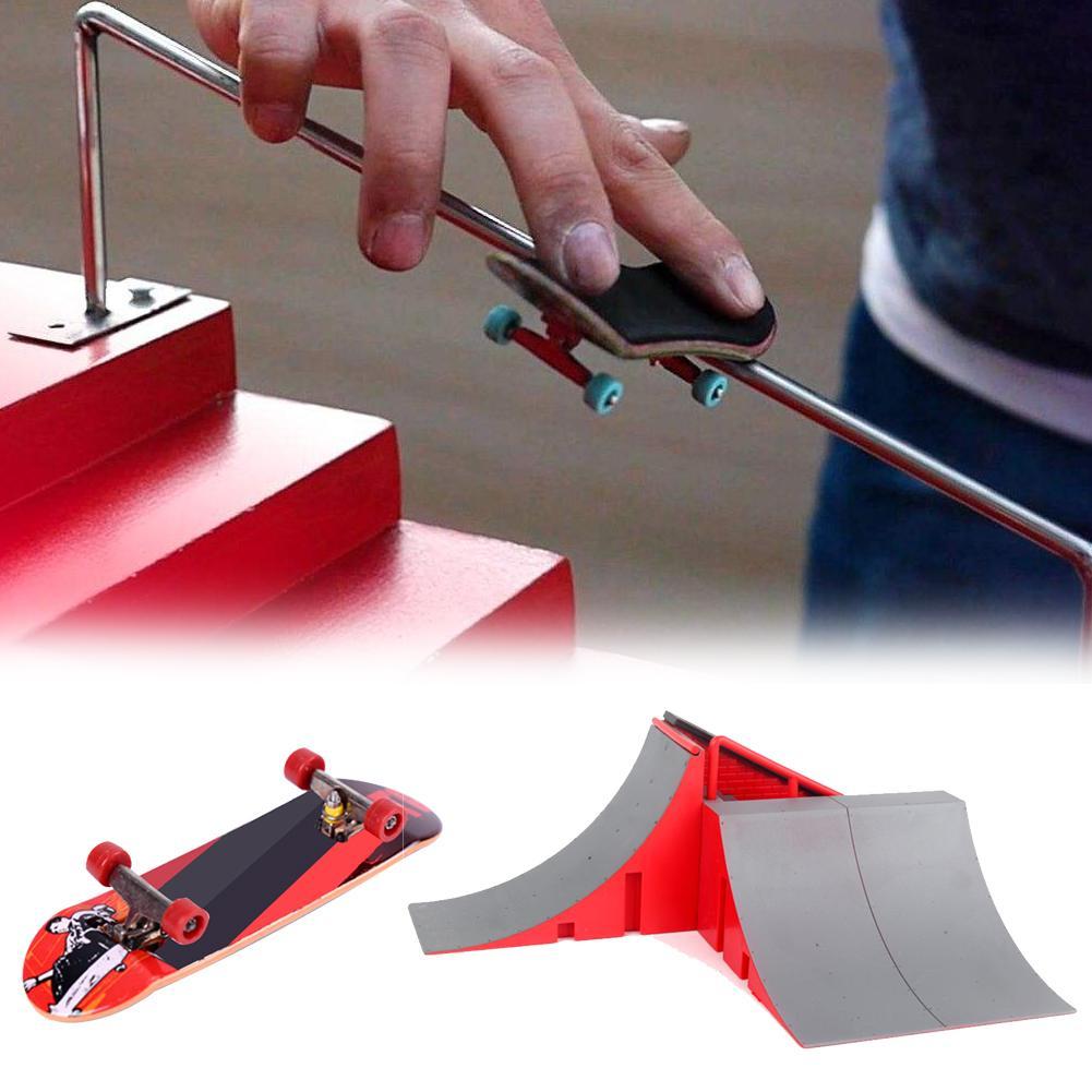 Formação Crianças Toy DIY jogo Dedo Parque de Skate Set Alloy Mini Ramp Combinação Indoor jogo educativo presente Esportes extremos