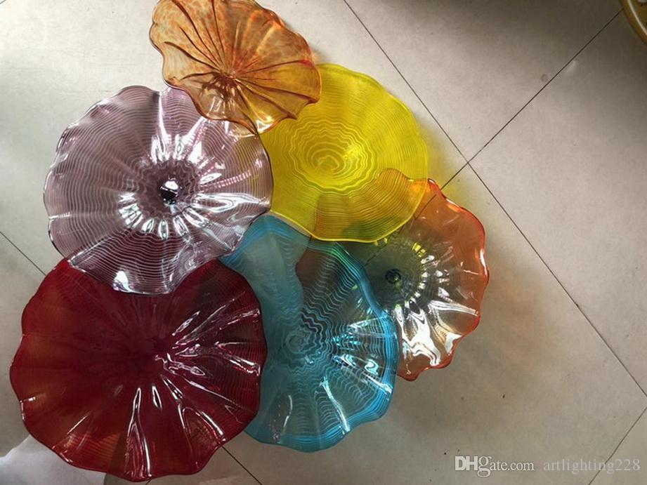 Fashionable 100% fundido mão Dale Chihuly Estilo de suspensão placas de vidro de borosilicato Flower Wall Art para Museu Galeria Deco
