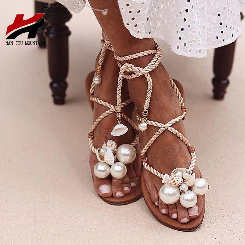 Conchiglie di NAN JIU MONTAGNA Sandali estate delle donne Sandali piatti a mano Pearl Beads cinturini alla caviglia Taglie 35 - 43 Scarpe Donna