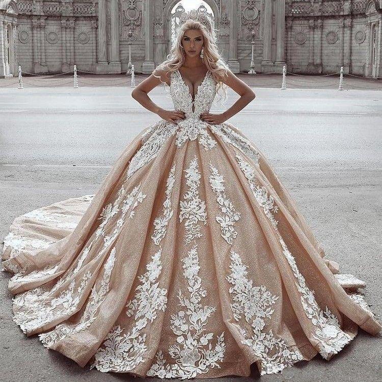 2020 Champagne Ball Gown Wedding Dresses Lace Appliqued Deep V Neck Sweep Train Princess Wedding Dress Country Bridal Gowns abiti da sposa