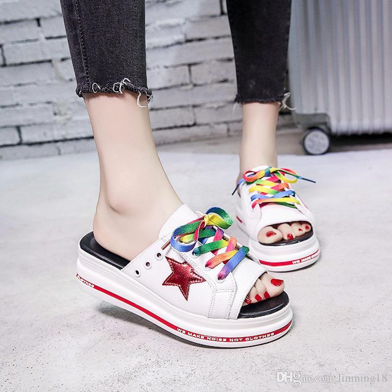 2019 nouveau style pantoufles d'été portent la version coréenne de la plate-forme de la mode net rouge ins sandales plates