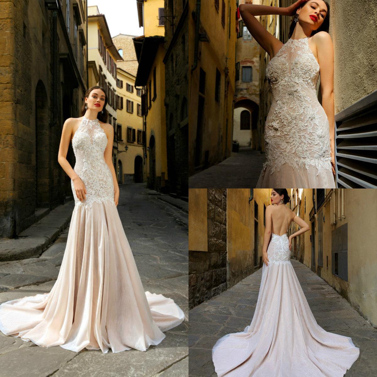 2020 Lace Mermaid Brautkleider Neckholder Appliqued wulstige Sleeveless Strand-Brautkleid-Backless gekräuselten Sweep Zug Vestidos De Novia