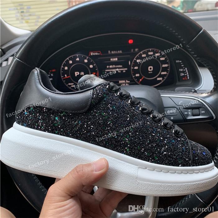 2018 Womens Chaussures Mens Preto sapatos bonito Plataforma Sneakers calçados casuais de couro Cores sólidas Sapato