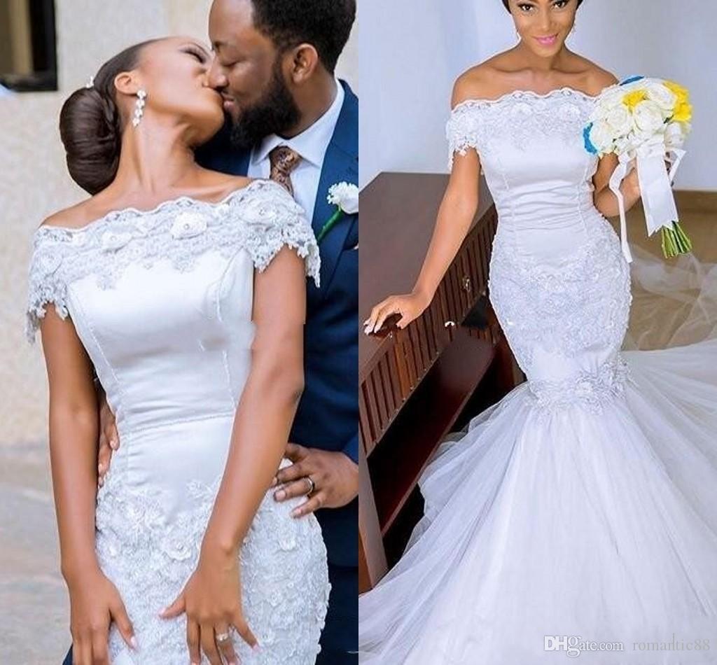 Romántico fuera del hombro vestidos de novia apliques de encaje sirena vestidos de novia Tulle Sweep tren Backless sudafricanos vestidos de novia
