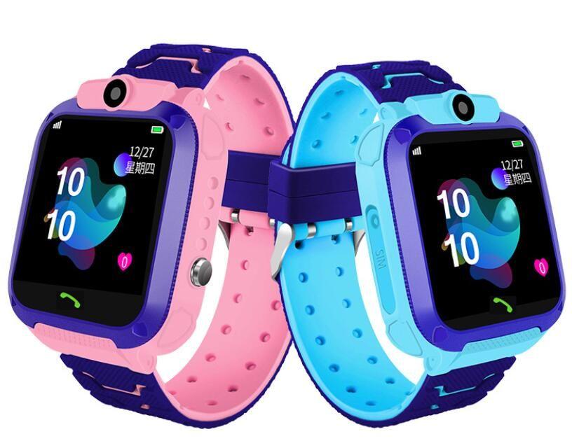 Q12 Smart Kids Montre enfants montre-bracelet étanche avec LBS Tracker SOS Caméra SIM Appel Pour smartphone Android PK DZ09 Q528 Smartwatch 1pc