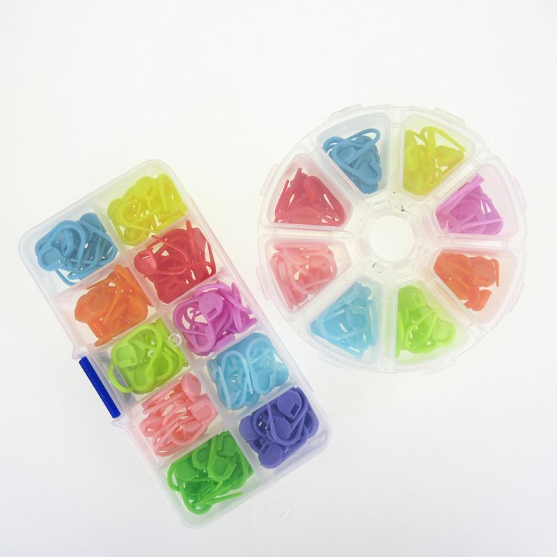 دبابيس السلامة الملونة قفل غرزة DIY اليدوية المواد سترة مضادة علامات حلقة بلاستيكية الحياكة الملحقات