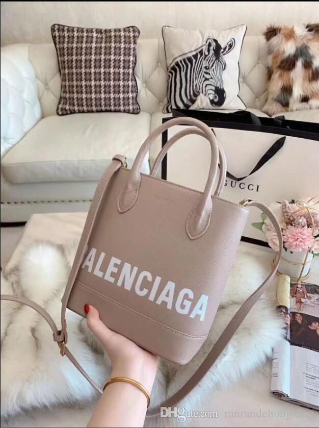 2020 mode classique femmes célèbres de la marque sac fourre-tout décontracté fourre-tout d'épaule Sacs PU sac à main Livraison gratuite B008