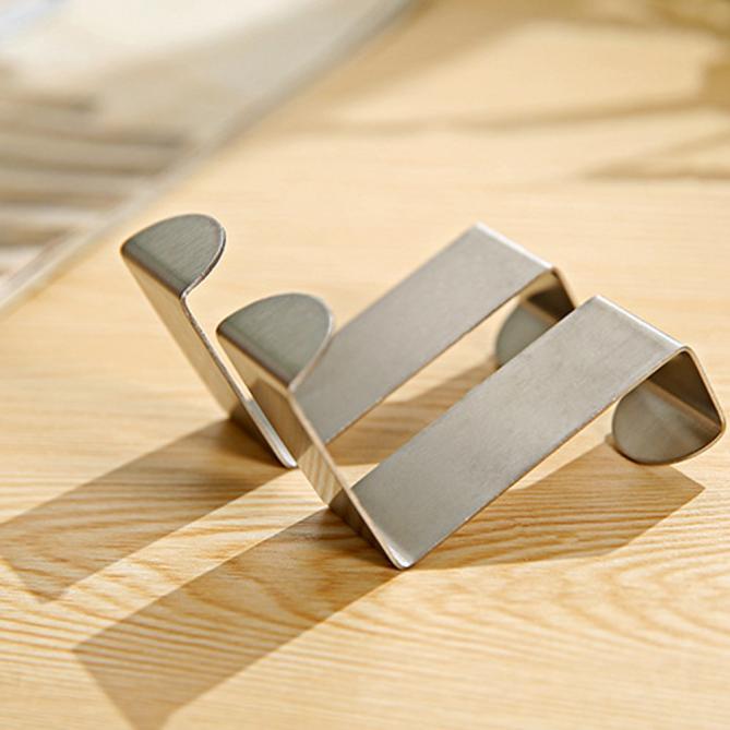 2pcs Porta gancho de aço inoxidável ganchos da parede da cozinha porta do armário cabide organizador rack de suspensão Brasão Hooks