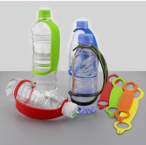 Maniglia per bottiglia di bevande in plastica Nargut con manico in bottiglia