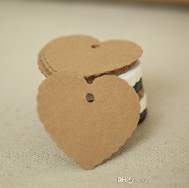500pcs 6 * coeur de bord de fleur 5.5cm blanc paquet cadeau de Noël étiquettes 4 couleurs accrocher à la main bricolage étiquettes cuites au four sur les étiquettes de carte mémoire paquet