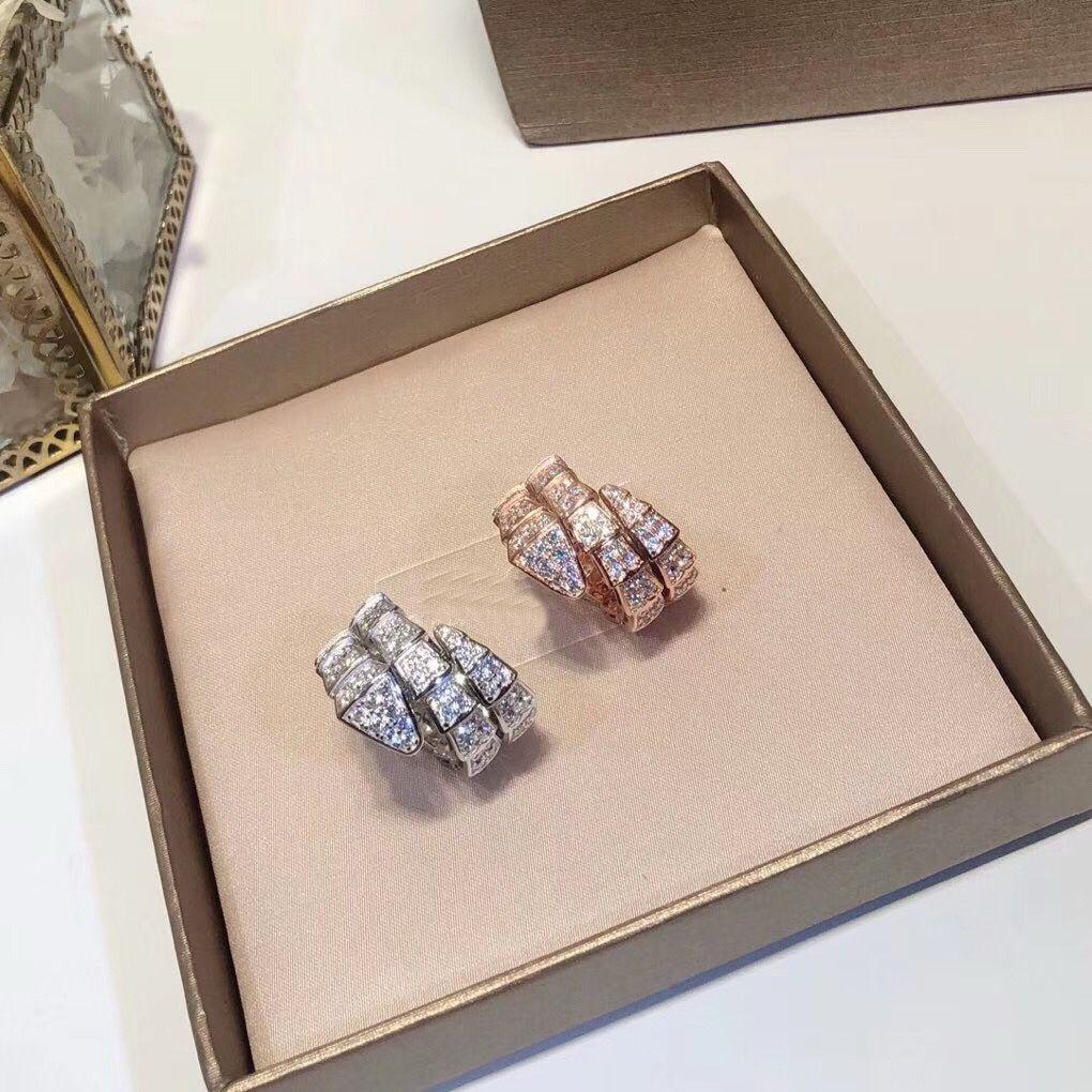 Gioielli di marca di lusso di lusso Lady Brass Full Diamond Doppi cerchi Serpente Serpente Oro 18 carati Fedi nuziali Anelli aperti 3 colori