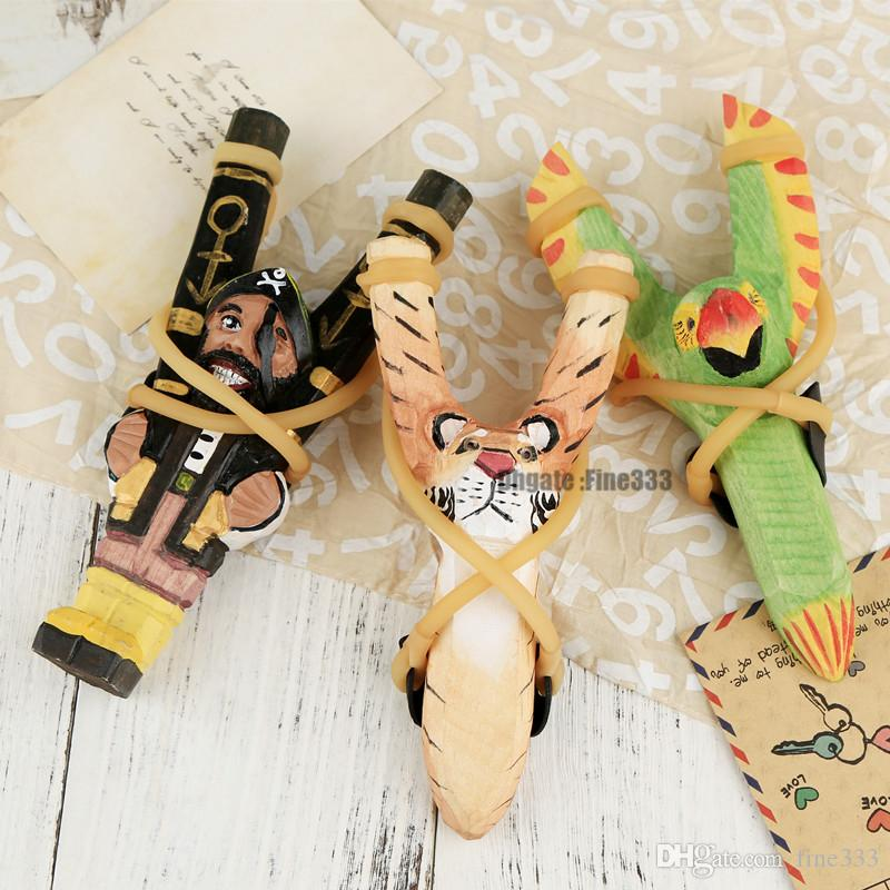 Mixed Styles Creative Wood Carving Animal Slingshot Cartoon Animals Hand-Painted Wooden Slingshot Crafts Kids Gift L273