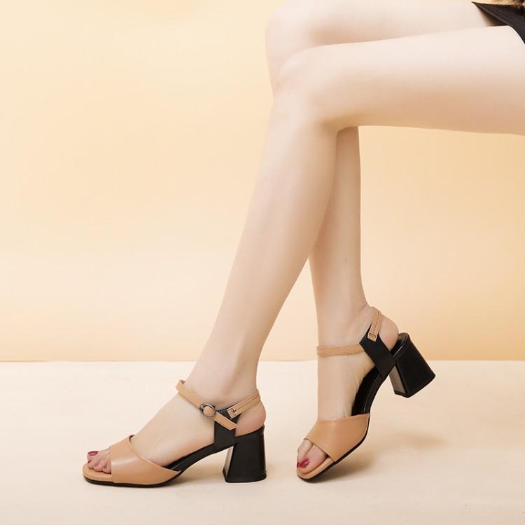 Big Size 9 10 11 12 High Heels Sandalen Frauen Schuhe Frau Sommer Damen Farblich abgestimmte geknickte Sandalen mit dicken Fersen