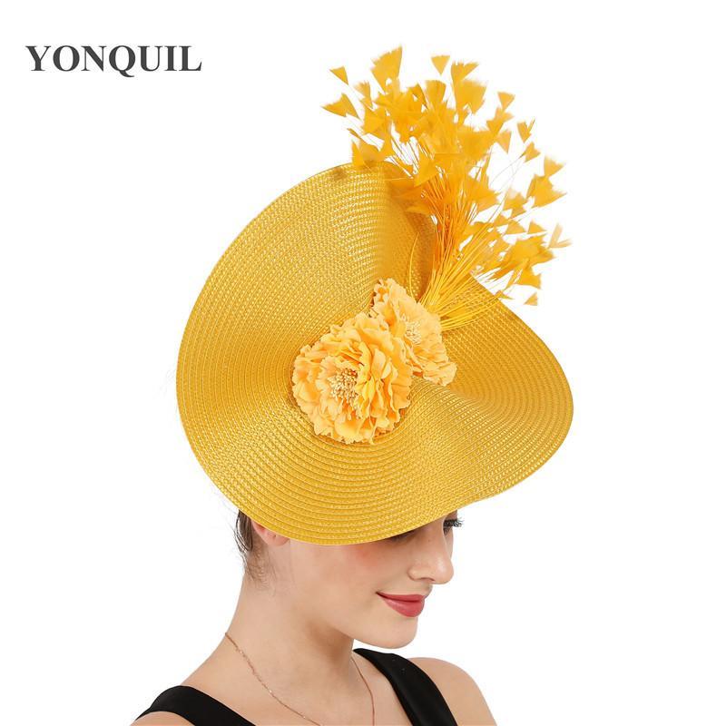 Yellow Derby Tee Feder groß Fascinator Fedorahüte Braut Hochzeit Kopfbedeckung herrlich Kopfbedeckung mit schönem Blume Haarschmuck T200508