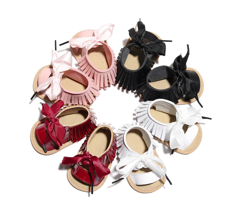 Neonate nappa sandali 2020 nuovi neonati nastro archi scarpe bambino bambini scarpe di vernice neonati Antiscivolo suole Primi Camminatori a2510