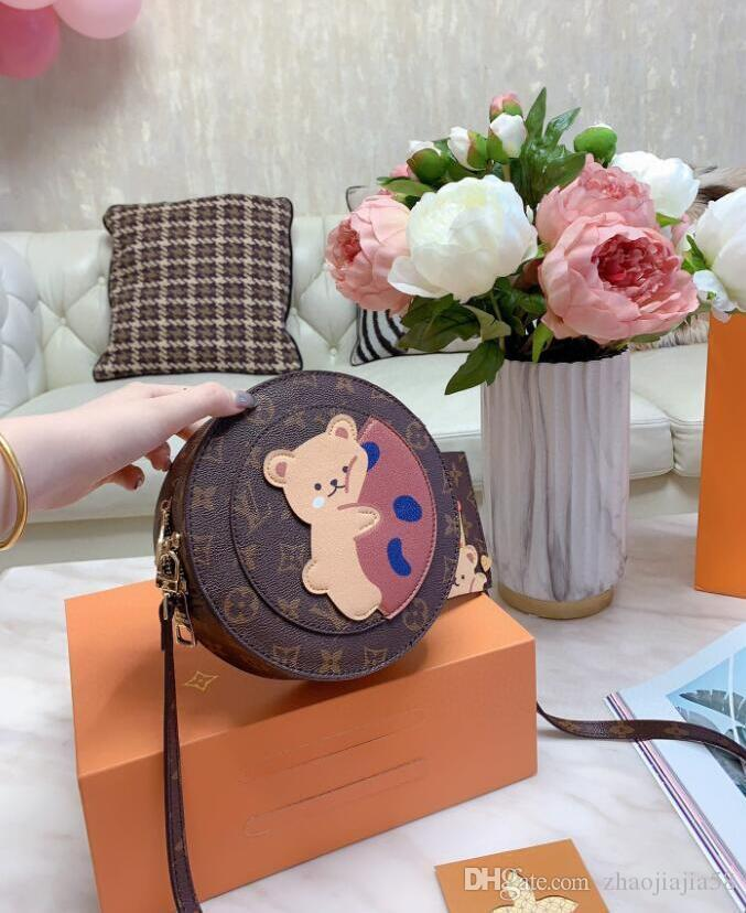 Free shipping 2019 new color matching bag European and American fashion leather handbag mini shoulder camera bag P003