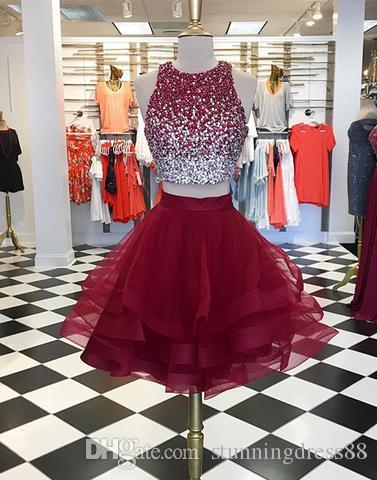 Short Two Piece Burgundy Prom Coktail Homecoming Dresses 2021 Keyhole Back Sequined Beaded A line Tulle Ruffles Party Graduation Dress