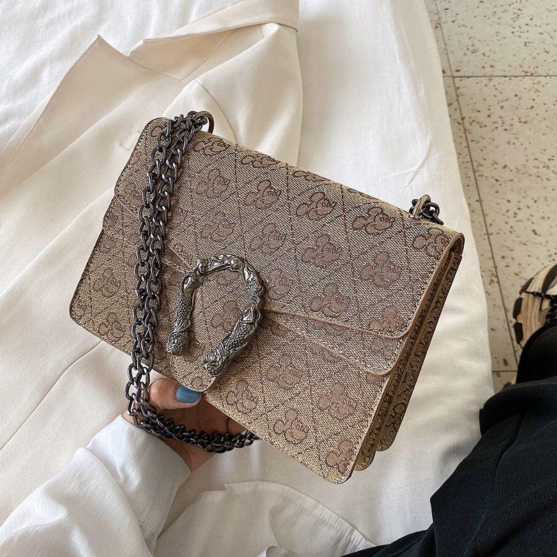 Vintage Women Baguette-Tasche Handtasche Frauen-Klassik-Ketten-Schulter 2020 neue weibliche Leder Umhängetaschen