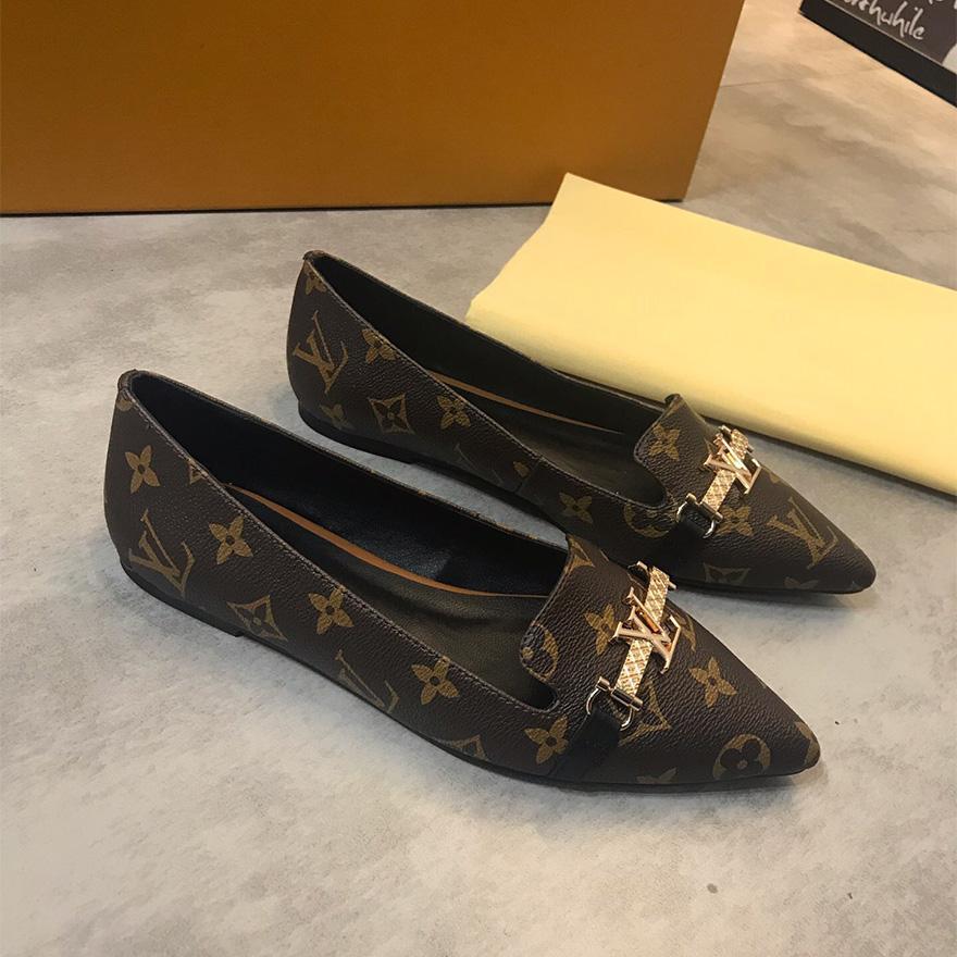 أزياء المرأة المعادن الأحذية مشبك البازلاء Comfortble القيادة أحذية سيدة حزب اللباس والأزياء مدرب حذاء العمل وحذاء المشي لمسافات طويلة السفر