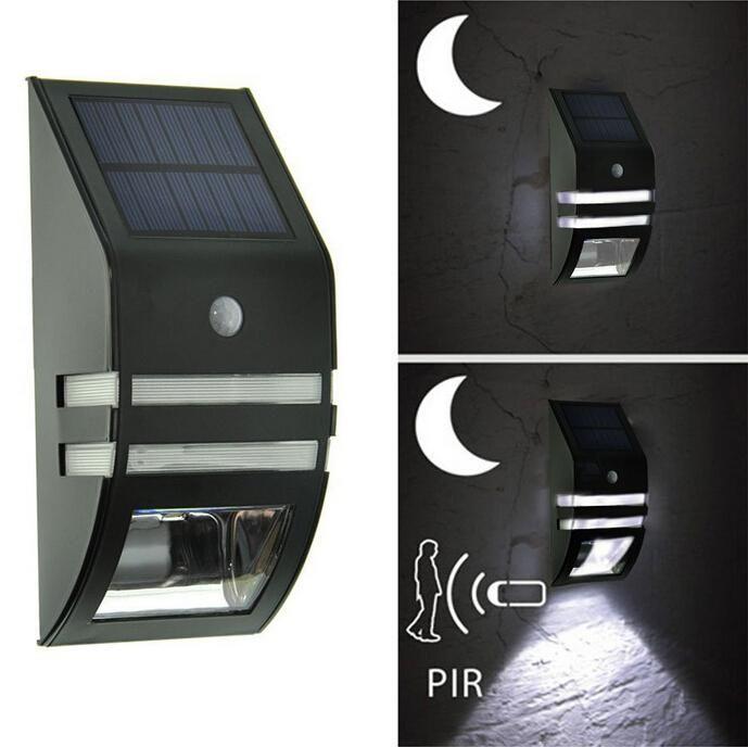 Led solaire Lampes Outdoor Wall Light capteur mouvement étanche Lampe Noir / Argent Jardin Jardin Lumière Maison Allée Escaliers Mur Pathway Lumière