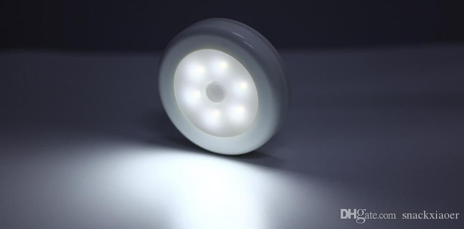 Lampada da parete Rilevatore Led notte del sensore senza fili Light Auto On / Off Closet Battery Power 6 LED a infrarossi PIR di movimento alimentato a batteria