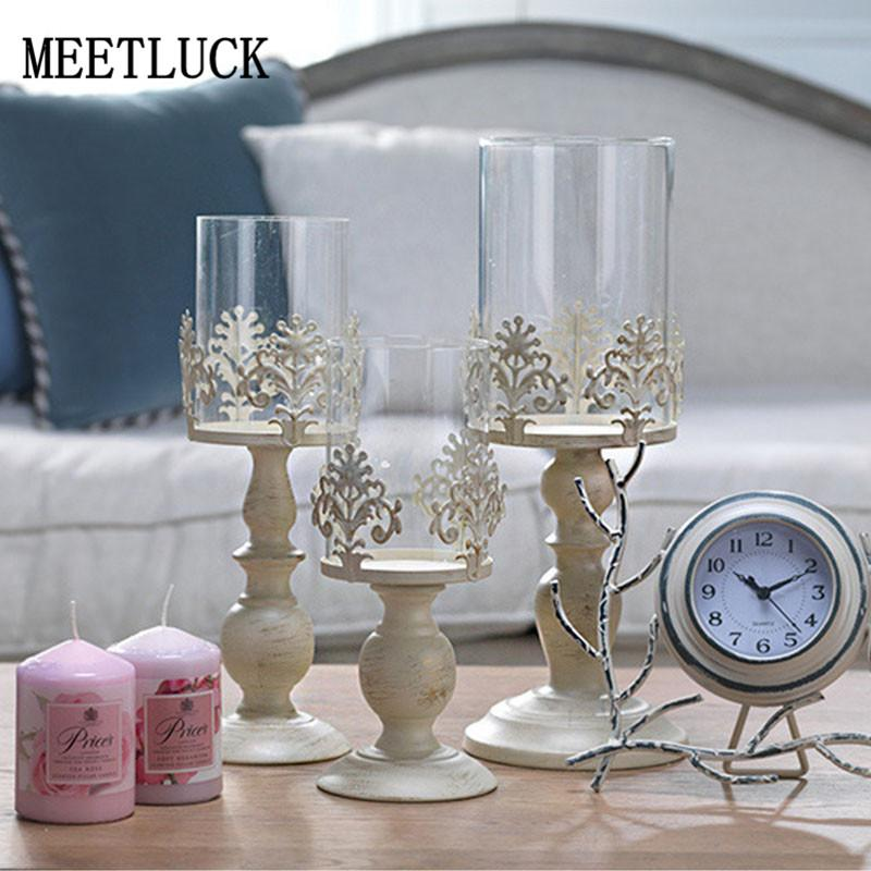 Día de San Valentín de la vendimia Decoración romántica boda decoración blanca Candelabros Tall 1pcs de cristal Candelabros de metal manualidades