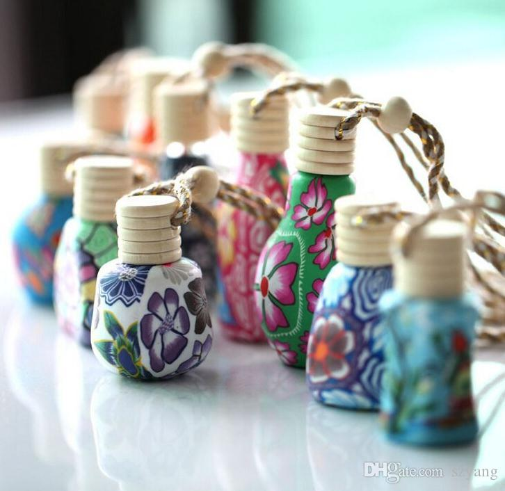 10 ml-15 ml di argilla polimerica bottiglia di olio essenziale di ceramica auto appesa decorazione auto casa corda appesa vuota bottiglia di profumo coperchio di legno SN3572