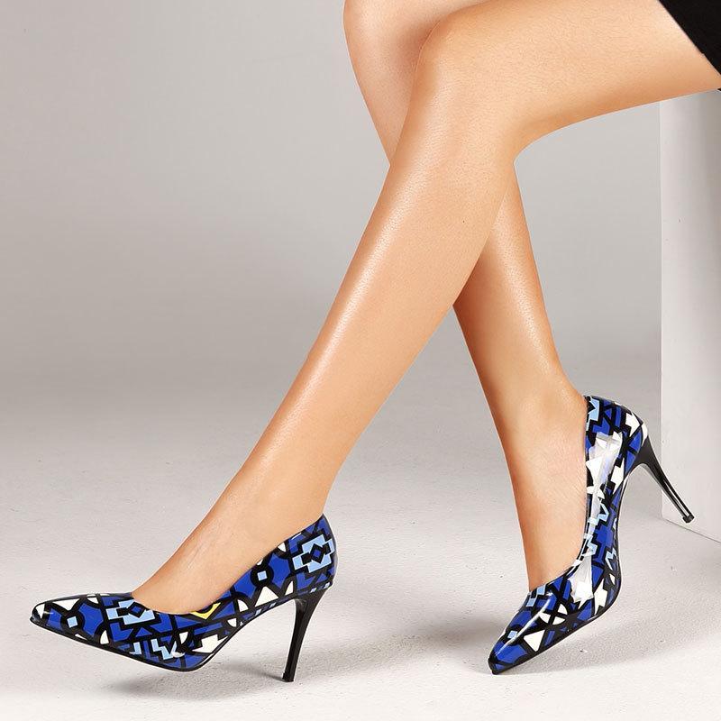 solos zapatos de estilo explosión personalizada puntas punto bajo de la boca puntiaguda alto tacón de aguja zapatos de las mujeres de gran tamaño de estilo étnico zapatos de tacón alto