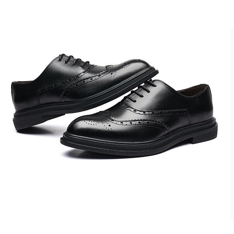 Vente chaude-formelle habillé en cuir classique bureau chaussures en cuir hommes élégants hommes bout pointu robe robe de mariage chaussures hommes brogues